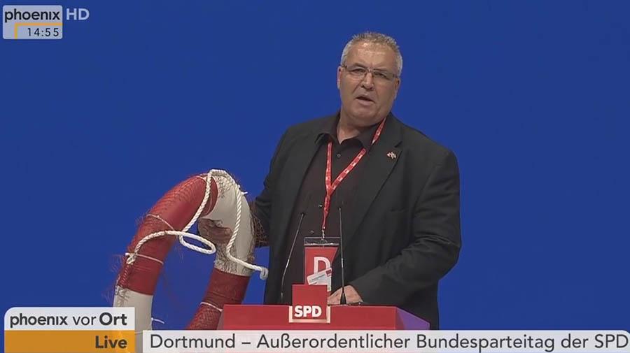 18.718 Erklärungen zum Dortmunder SPD-Parteitag übergeben