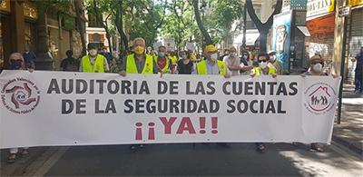 Spanien 29. Mai 2021: Zehntausende demonstrierten für die Verteidigung des gesetzlichen umlagefinanzierten Rentensystems